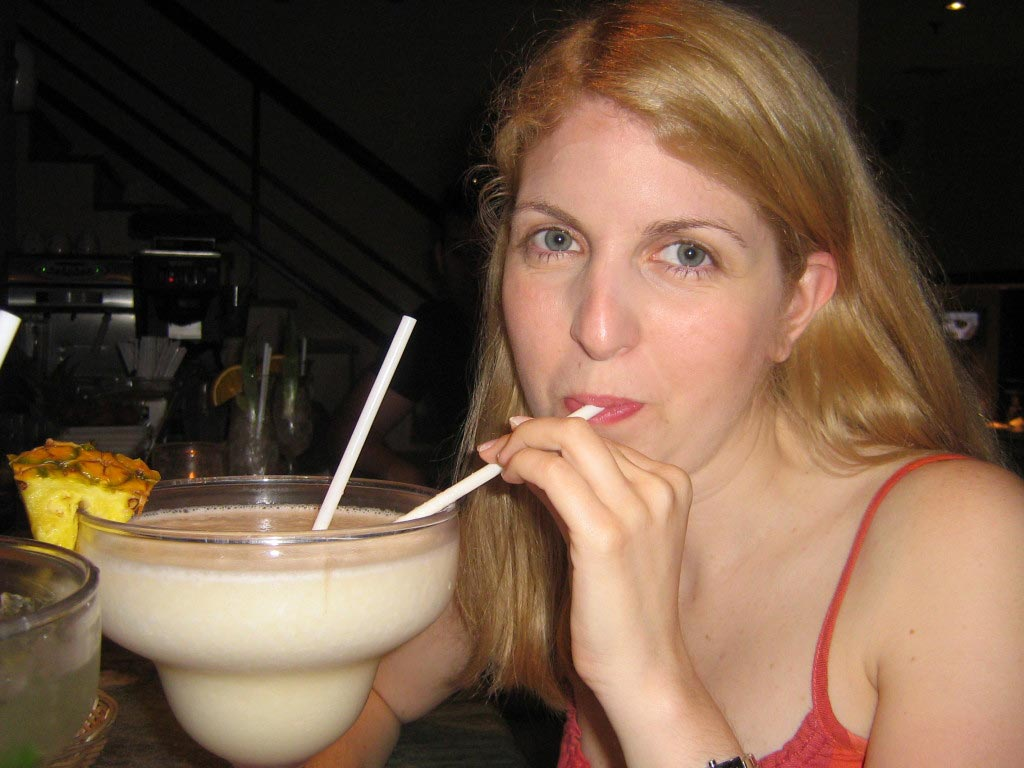 drinking coctails in the Bahamas