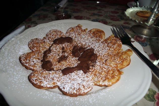 belgian waffle, bruges belgium