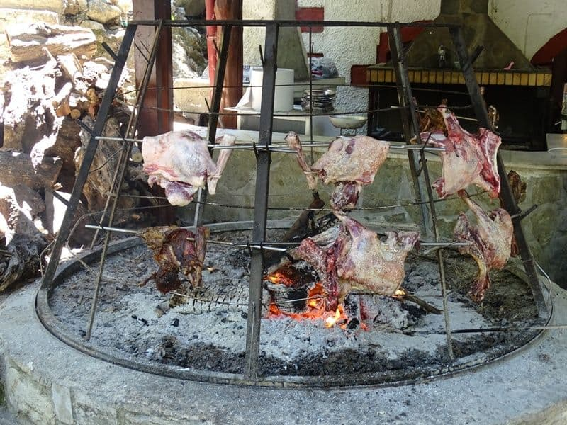 Antikristo lamb being cooked in Argiroupoli