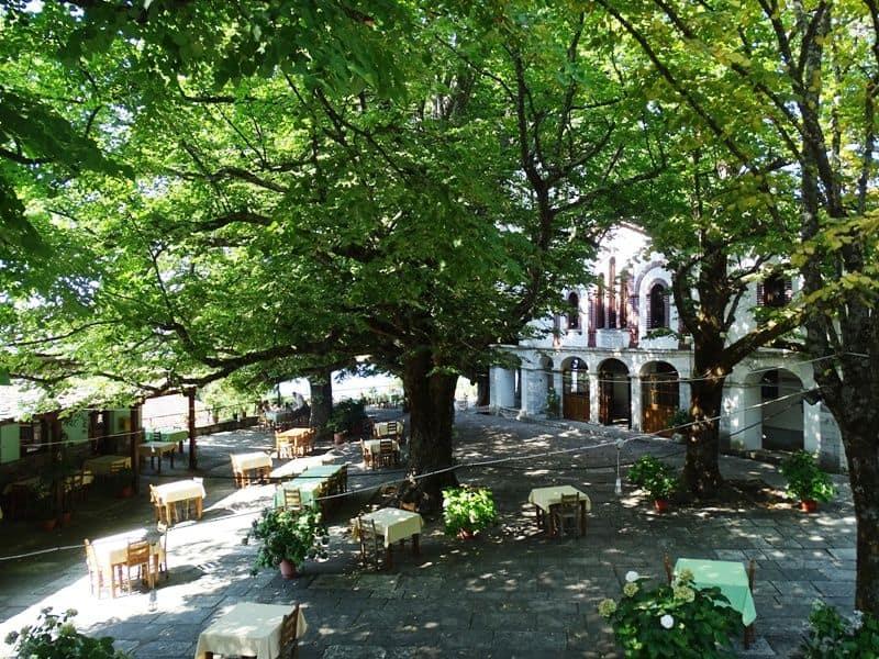 Mouresi Square Pelion