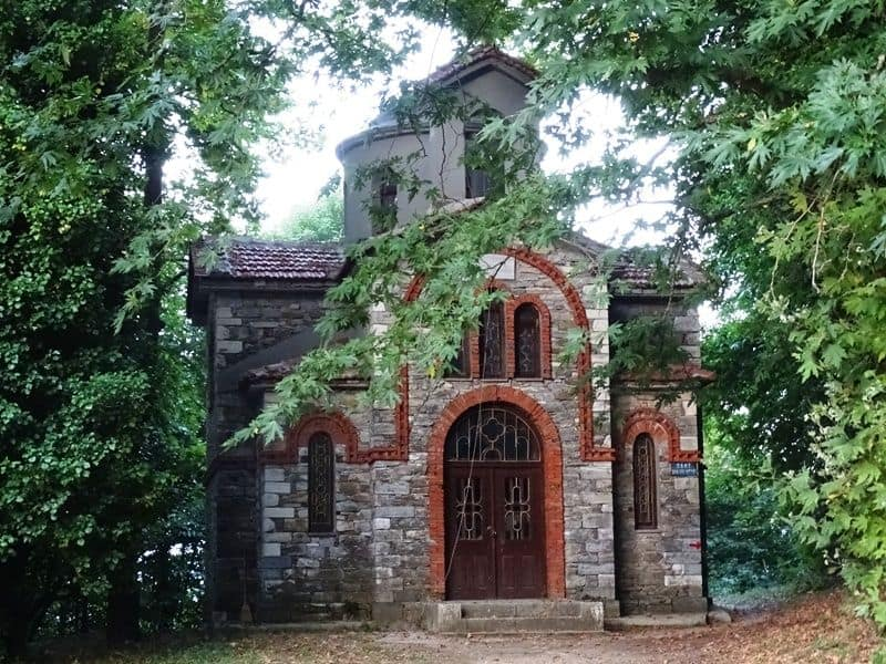 little chapel in Tsagarada Pelion