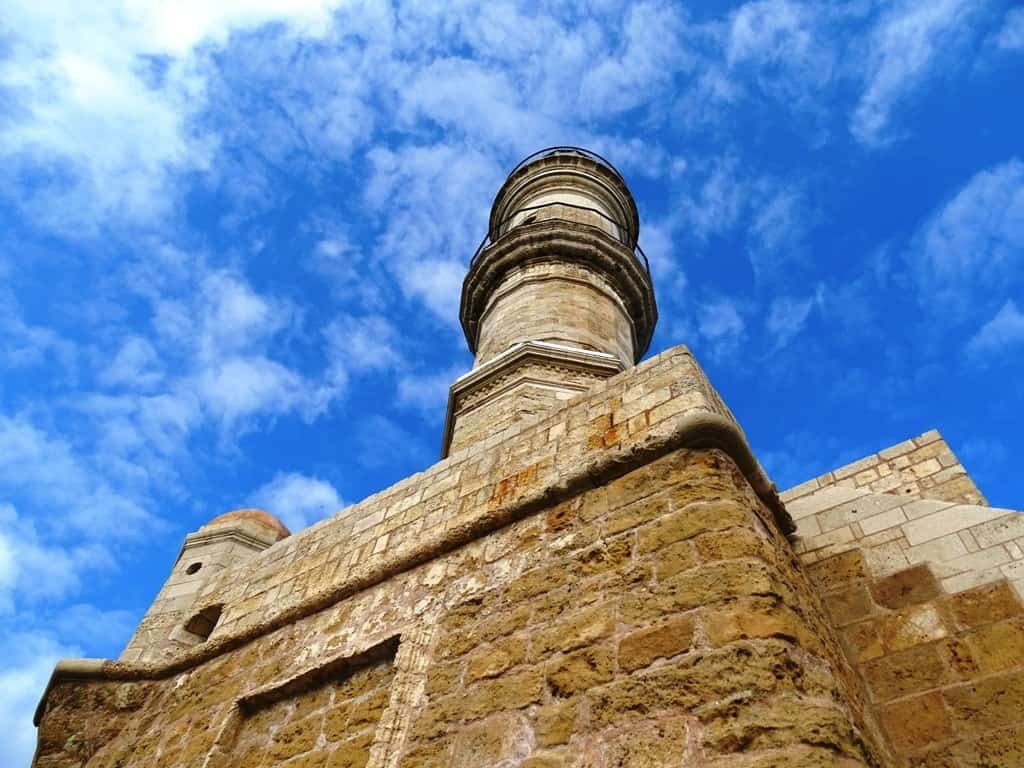 The lighthouse - things to do in Chania