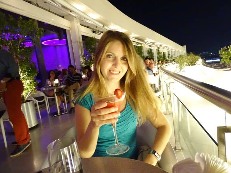 enjoying-a-coctail-at-galaxy-bar