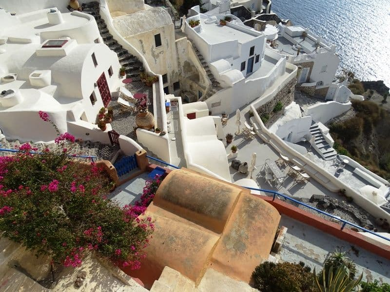 beautiful houses in Oia
