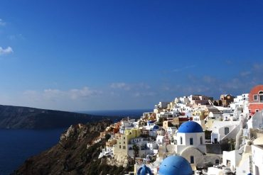 the-village-of-Oia-in-Santorini