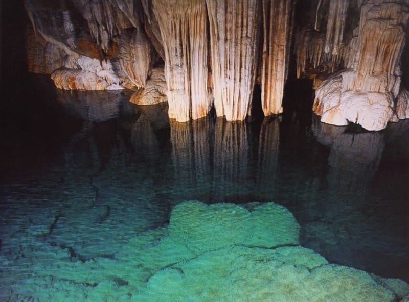 cave of lakes