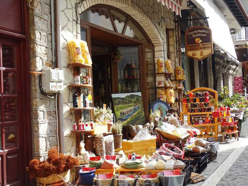 shops selleing traditional products in Kalavrita