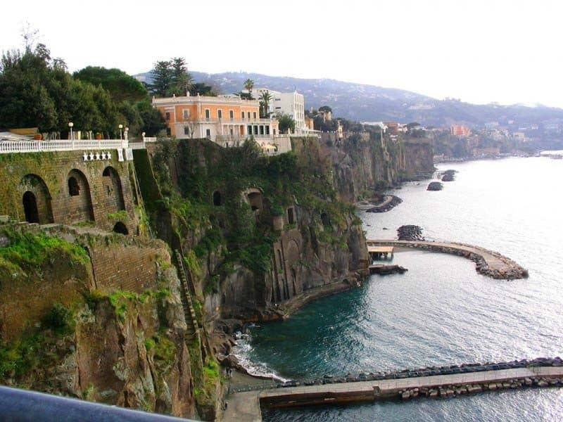 sorrento-italy-compressor