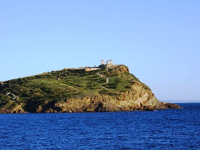 approaching Cape Sounio