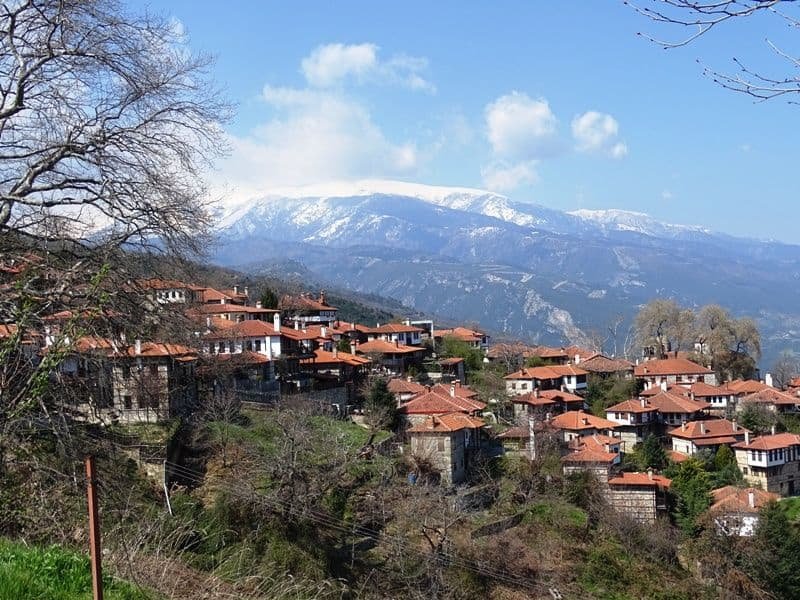 the picturesque village of Palios Panteleimonas