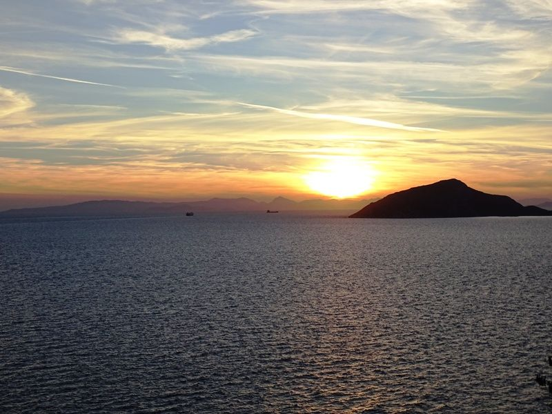 the sunset in Sounio