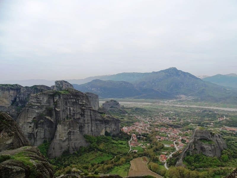 A hiking tour in Meteora Greece