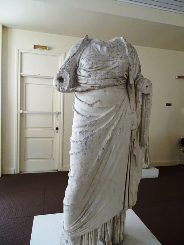 sculpture-from-the-archaeological-museum-of-Mytilene