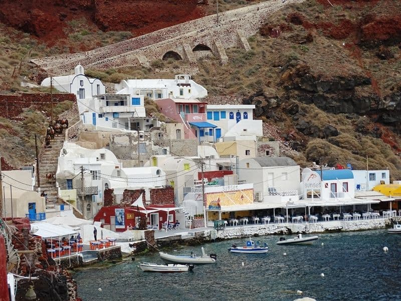 the colorful Amoudi bay