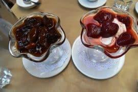 yogurt with toppings