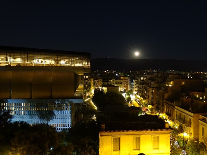 The moon over the Acropolis Museum