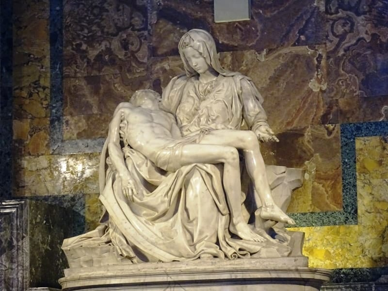 Pieta michelangelo st peters cathedral