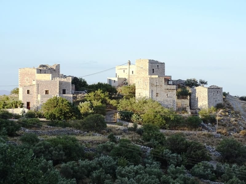 tower houses in Mani Peloponnese