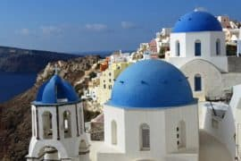 the-three-domes-in-oia-santorini-min