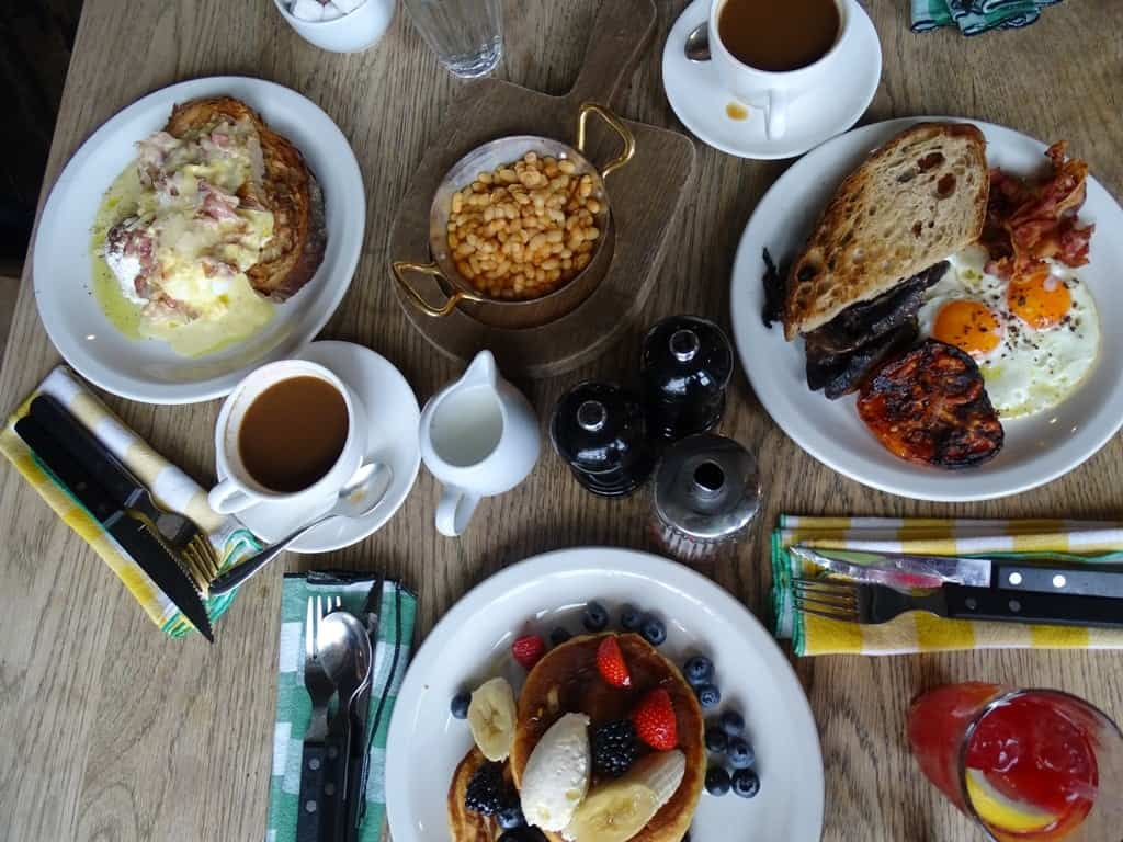 Brunch in East London - Things to do in London