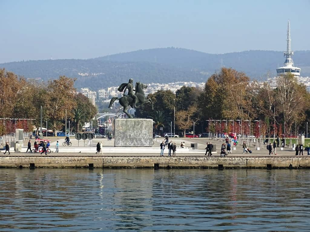 the waterfront in Thessaloniki - things to do in Thessaloniki
