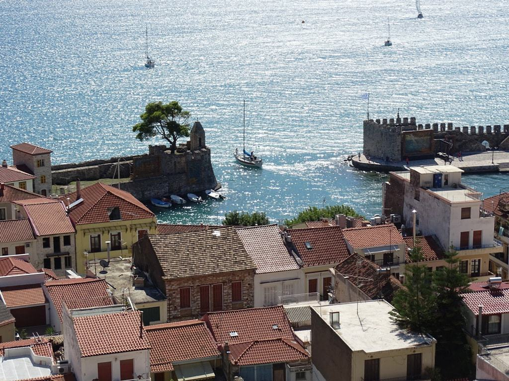 View of the Venetian harbour from above - things to do in Nafpaktos