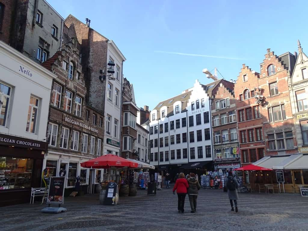 the square in front of the Cathedral of our Lady - things to do in antwerpen