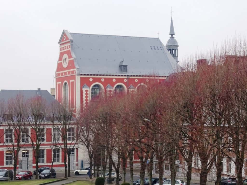 The Artoteque, Mons