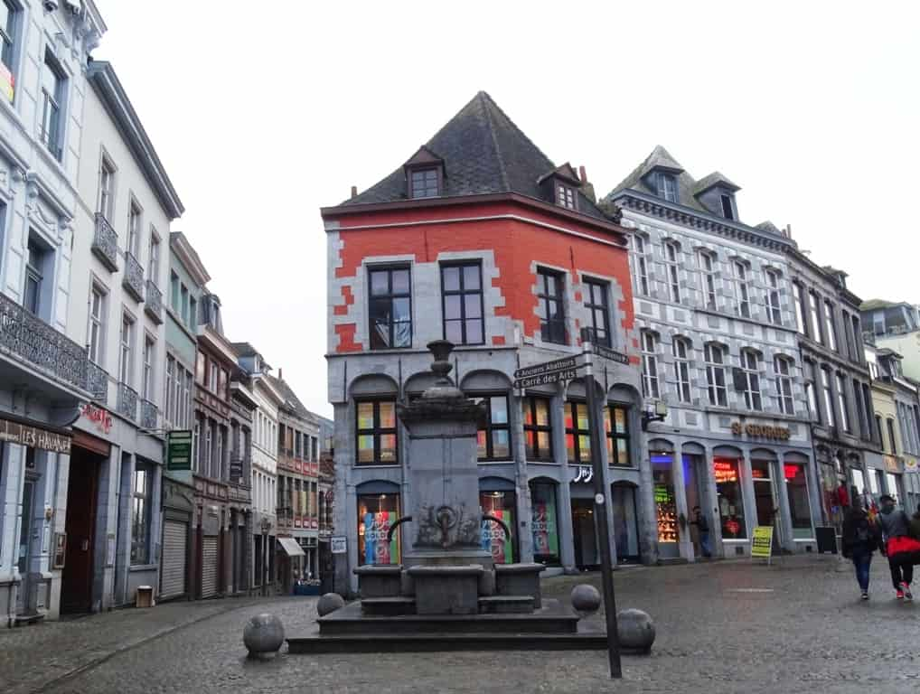 One day in Mons things to do