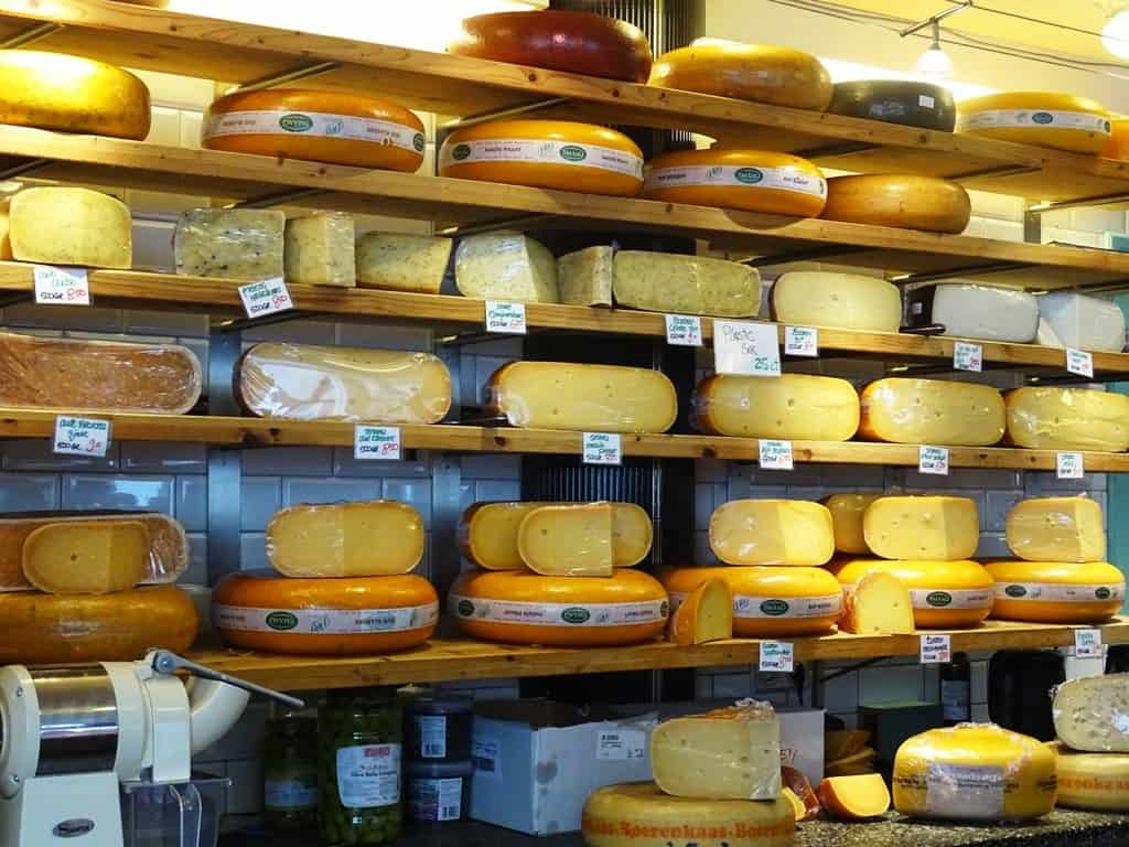 JWO Lekkernijen delicatessen - Eating Amsterdam Food Tour