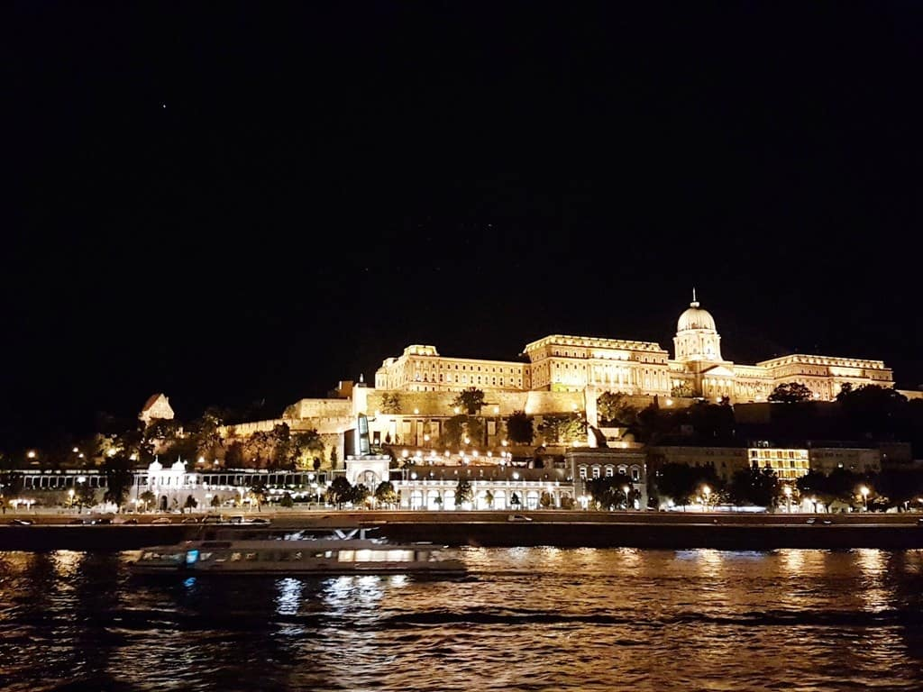 3 days in Budapest - Dinner Cruise on the Danube