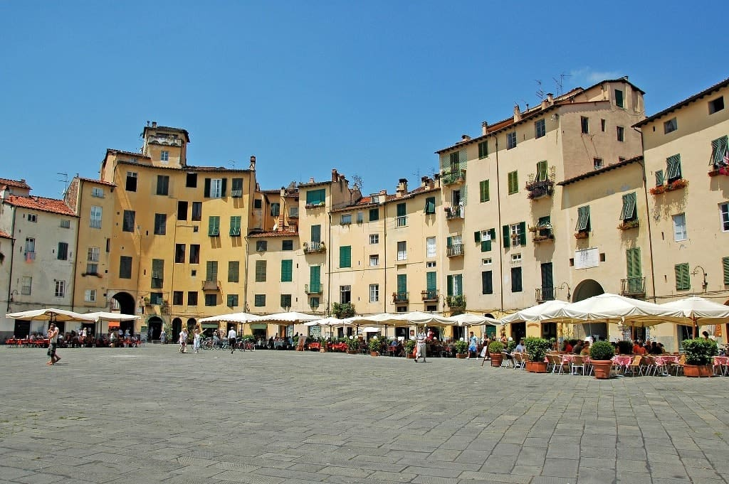 Lucca - Best Day trips from Florence