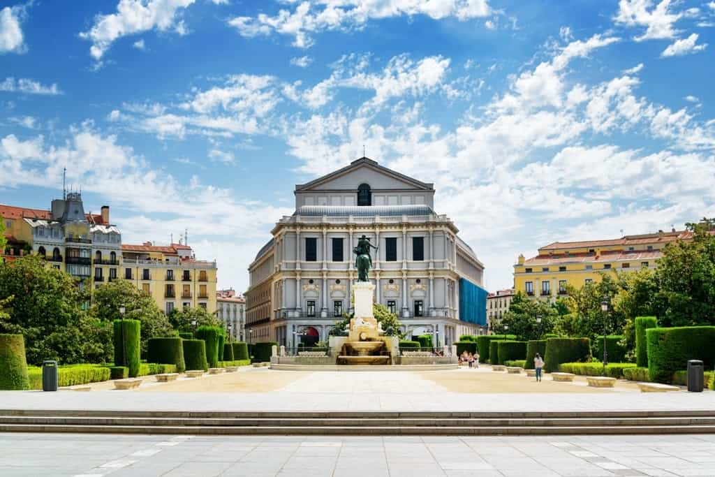 Royal Theatre (Teatro Real) from the Plaza de Oriente3 days in Madrid what to do and see