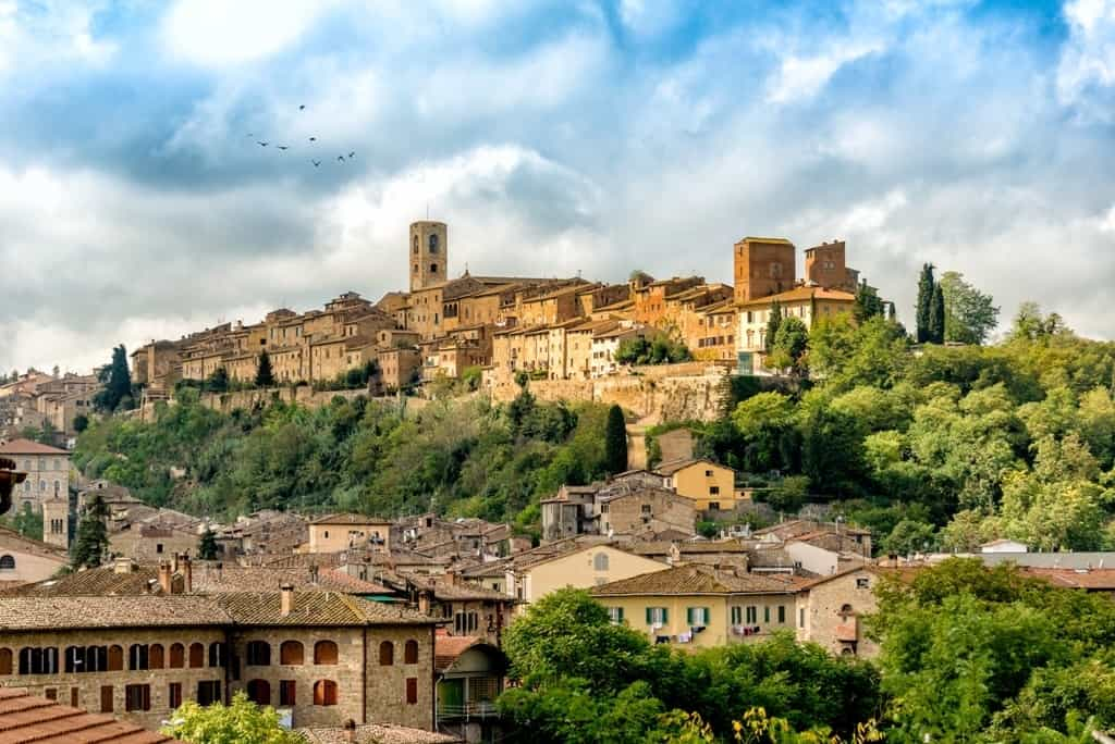 Colle di Val d'Elsa - hilltop villages and towns in Tuscany