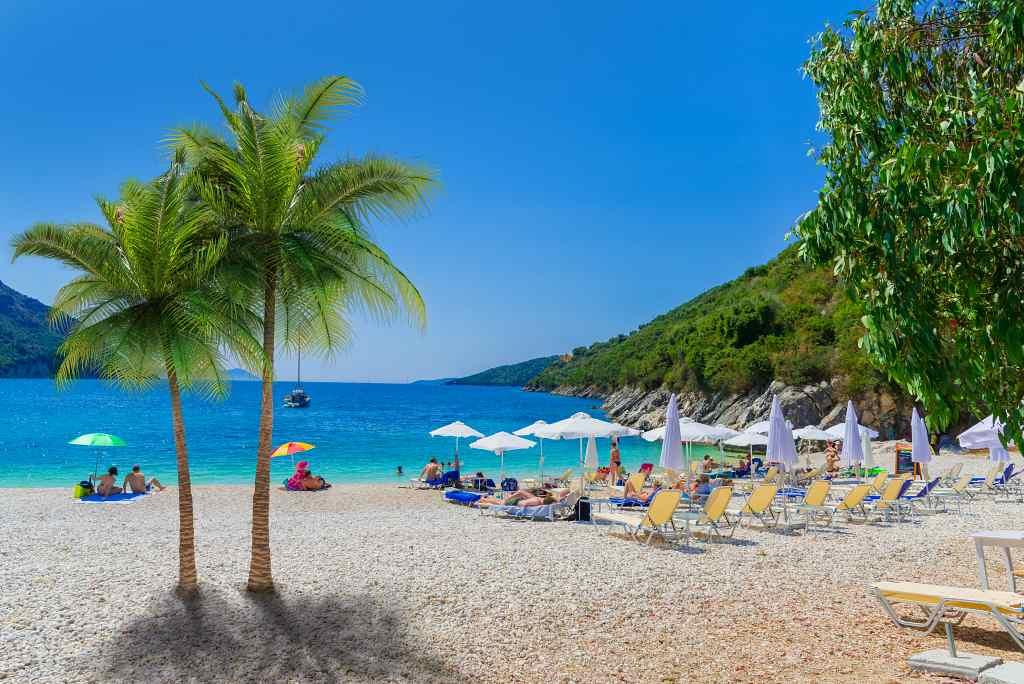 Mikros Poros Gialos beach - best beaches in Lefkada