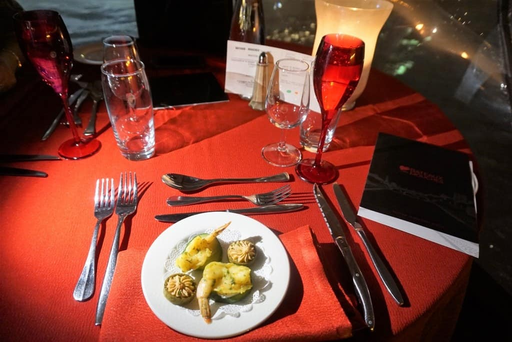 Dinner Cruise along the Seine with Bateaux Mouches River Cruise