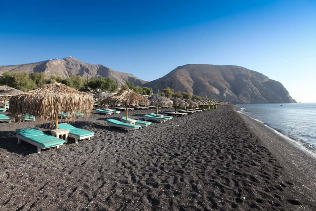 Perissa - The best Santorini Beaches