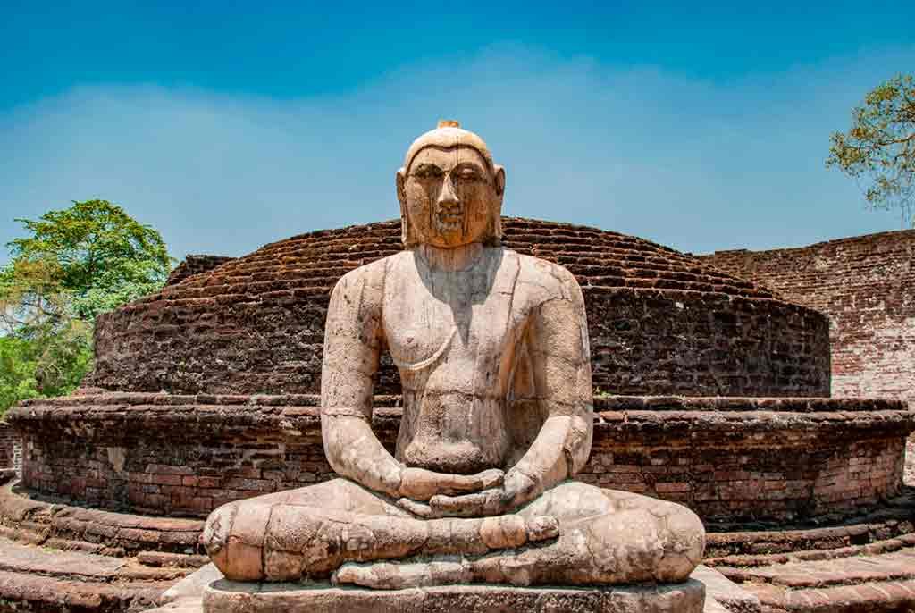 Sri-Lanka-religious-monuments