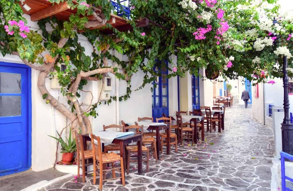 Stay in Plaka, Milos