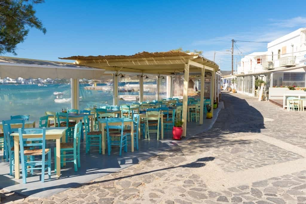 Pollonia village - where to stay in Milos