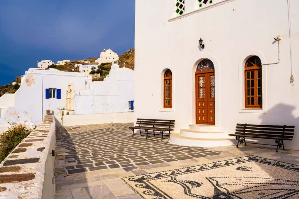 Where to stay in Milos - Plaka village