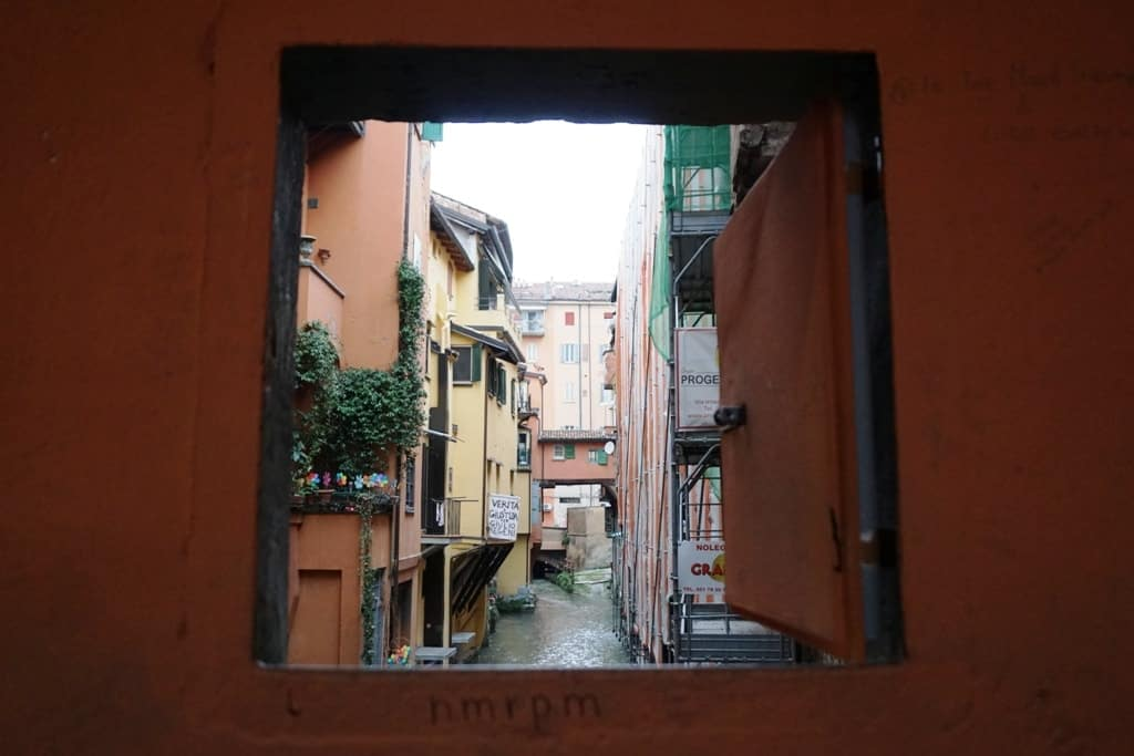 Canals of Bologna - things to see in Bologna