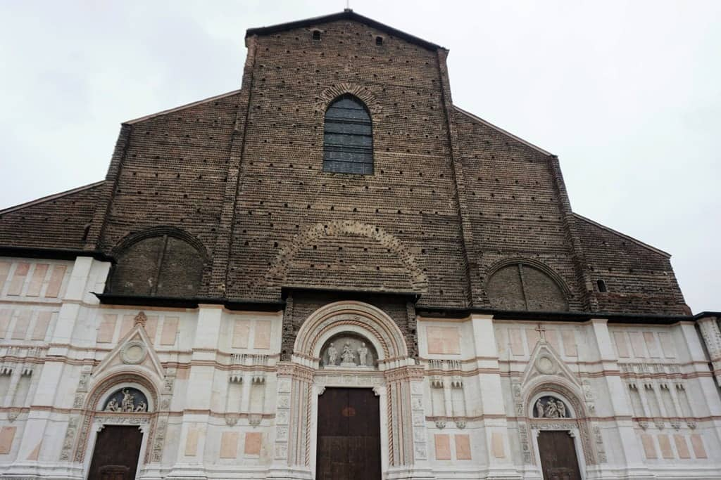 San Petronio Basilica - things to do in Bologna