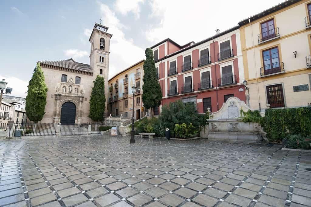 Plaza Nueva-Granada
