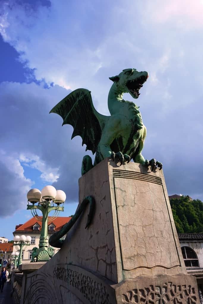 Dragon Bridge -What tο do in Ljubljana