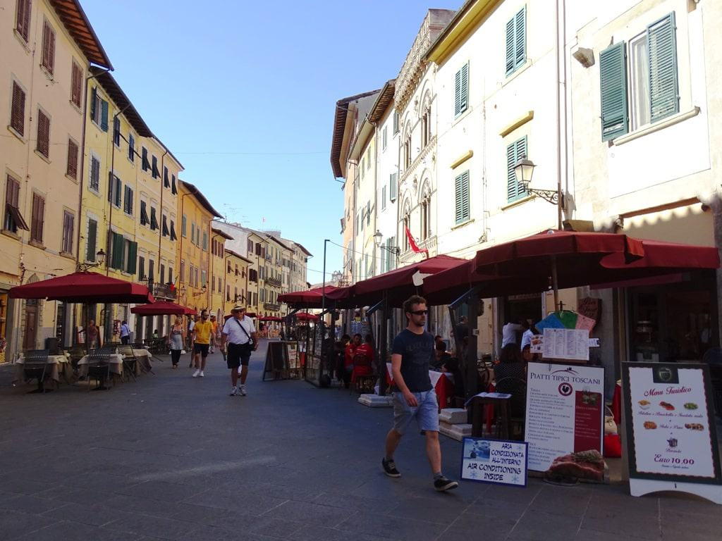 how to get to pisa from florence
