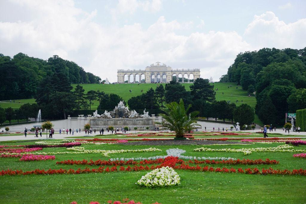 Schönbrunn Palace Grand Tour & Gardens