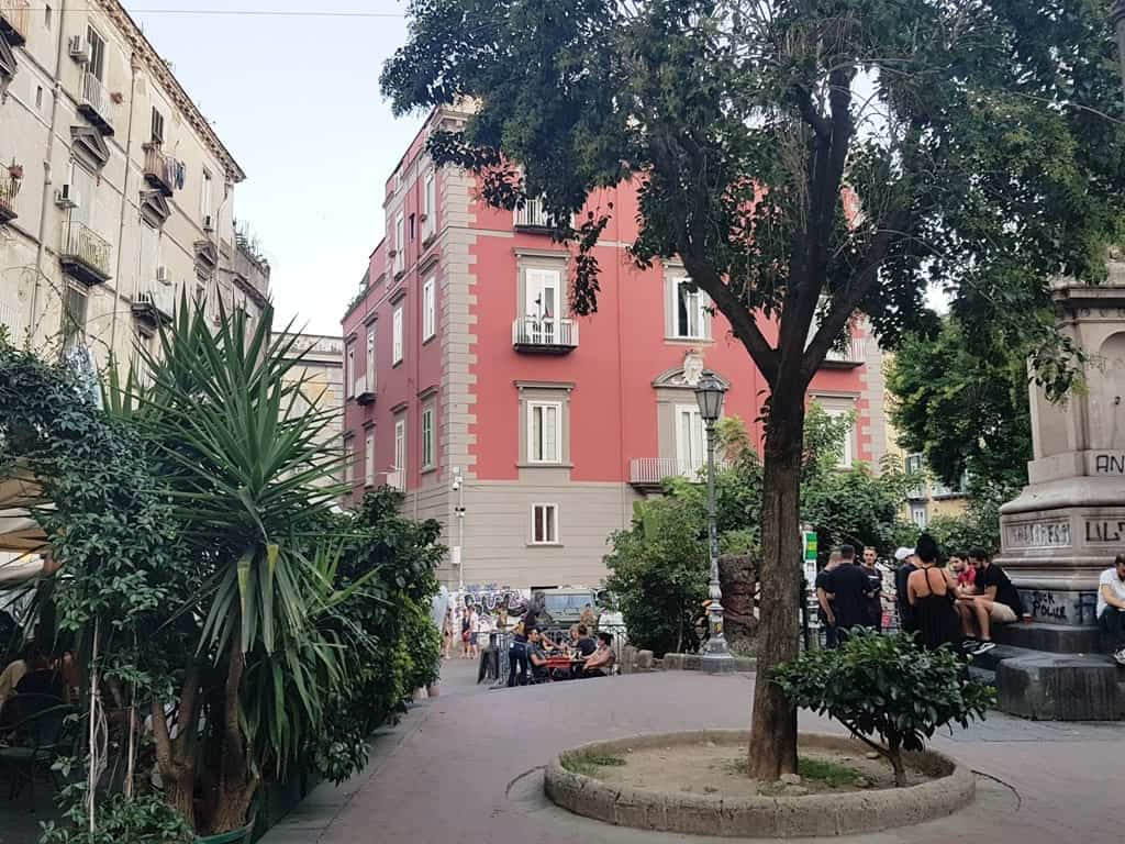 Piazza Belini- 3 days in Naples