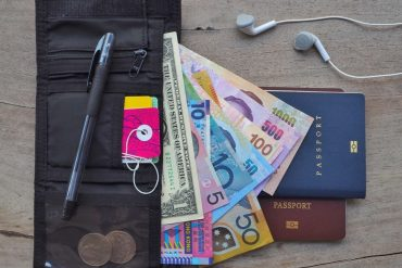 best travel wallets for women