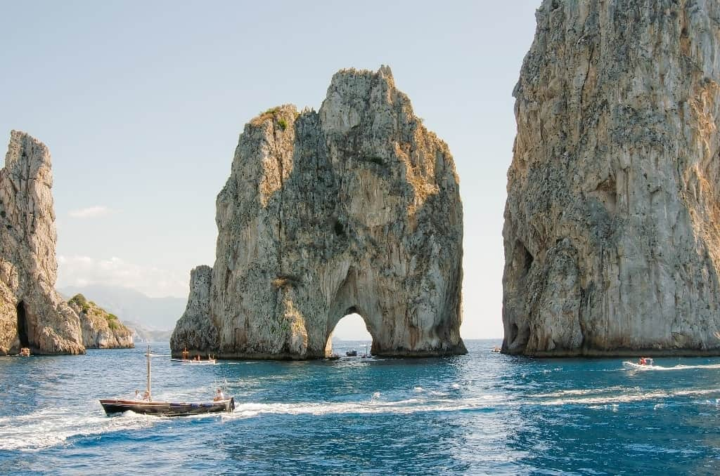 Faraglioni Cliffs - Things to do in Capri
